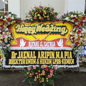 Bunga Papan Happy Wedding 02