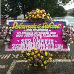Bunga Papan Selamat & Sukses 01